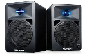 Numark N-Wave 360 – Enceintes de Monitoring DJ 60 W Haute-Fidélité et Compactes avec Tweeter à Éclairage LED, Bouton de Volume Dédié et Entrées RCA