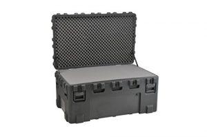 SKB 3R5030-24B-L Etui étanche universel rotomoulé avec mousse stratifiée 1270 x 760 x 610 mm + Kit de roulettes Noir
