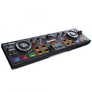 Numark DJ2GO2 – Contrôleur DJ 2 Voies Ultra-Portable pour Serato DJ Intro avec Interface Audio Intégrée et Pré-Écoute au Casque, Commandes de Pads, Crossfader et Jog Wheels
