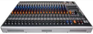 Table de mixage PEAVEY XR 1220 Amplifiée