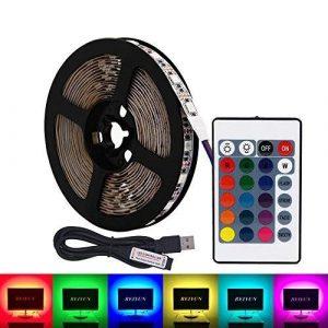 HVTKL Bande LED USB RGB, 5M 30lm / m 5V 5050 Bande LED couleur RGB avec télécommande 24Key for éclairage de fond de téléviseur, lumière de bande, éclairage de corde, éclairage de cuisine avec bande à