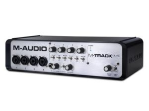 M-Audio M-Track Quad Interface Audio 24bits MIDI USB 4 canaux et Hub USB 3 ports + Logiciel AIR Ignite Music Creation