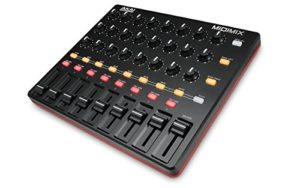 AKAI Professional MIDImix – Mixeur et Contrôleur MIDI Portable et Ultra Performant avec 8 Faders et 24 Potentiomètre + Ableton Live Lite Inclus