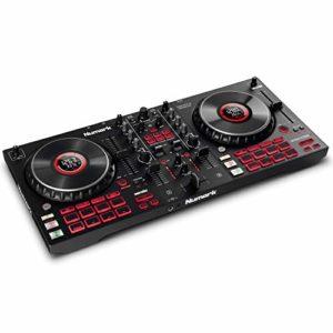 Numark Mixtrack Platinum FX – Contrôleur DJ pour Serato DJ avec 4 decks, table de mixage DJ, interface audio intégrée, Jog Wheels tactiles avec écran et large palette d'effets