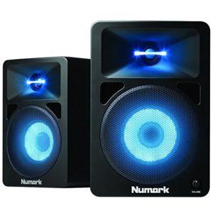 Numark N-Wave 580L – Enceintes de Monitoring DJ 40W Haute-Fidélité et Compactes avec Tweeter et Woofer RGB, Éclairage LED, 3 Modes de Couleur, Bouton de Volume Dédié et Entrées RCA