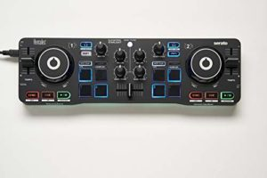 Hercules – DJControl Starlight – Contrôleur DJ USB portatif – 2 pistes avec 8 pads et carte son – Serato DJ Lite inclus – Dimensions: 340 x 49 x 100 mm