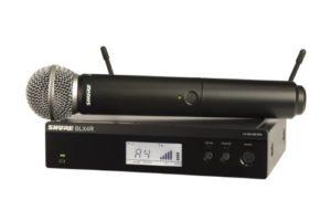 Shure BLX24R/SM58 Système de montage en rack sans fil avec microphone portable SM58, M15