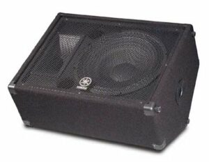 Yamaha BR10 Haut-parleur 2 voies 25,4 cm Retour de scène 15″
