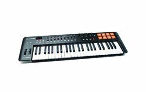 M-Audio Oxygen 49 IV – Clavier Maître MIDI 49 Touches avec 8 Pads Sensibles à La Vélocité et Boutons de Contrôles Assignables avec VIP 3 et Pack de Logiciels Inclus, Noir