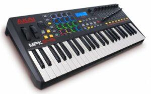 AKAI Professional MPK249 Clavier Maître MIDI avec 49 Touches Semi-Lestées avec les Contrôles MPC Assignables, y Compris 16 Pads, Q-Links et Plug and Play, Noir